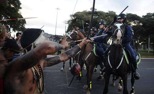 Protesto Indígena em Brasília. Foto:  Mídia Ninja